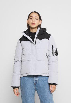 QUILTED EVEREST JACKET - Winter jacket - light grey