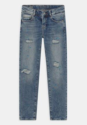 NEW COOPER - Slim fit jeans - izar wash