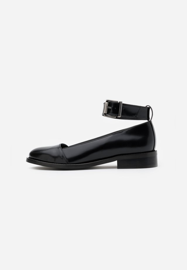 LOLA VEGAN - Avokkaat - black