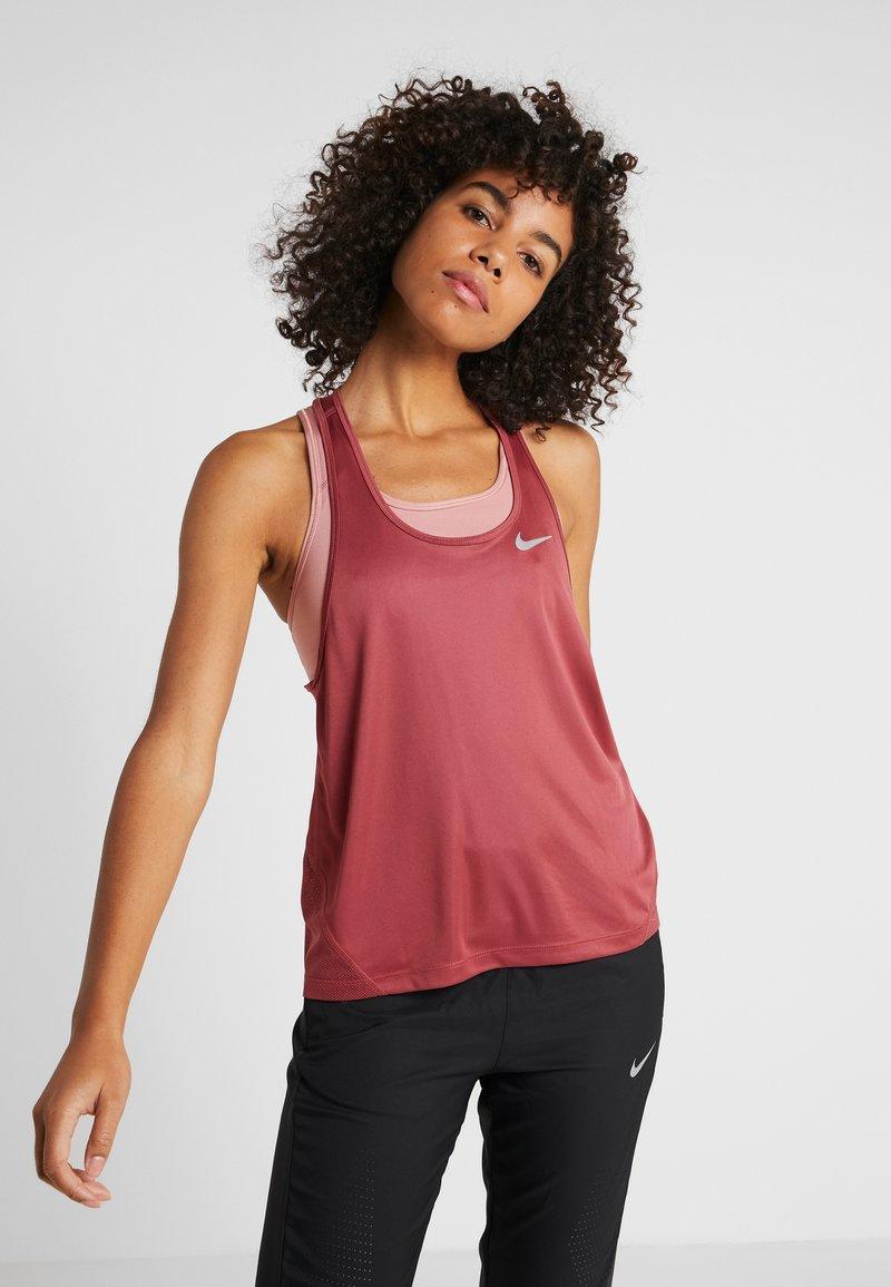 Nike Performance - MILER TANK RACER - T-shirt sportiva - cedar/reflective silver