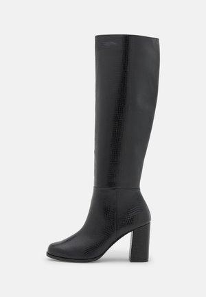 VMFLOW BOOT - Boots - black