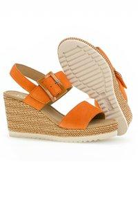 Gabor - Wedge sandals - orange - 2