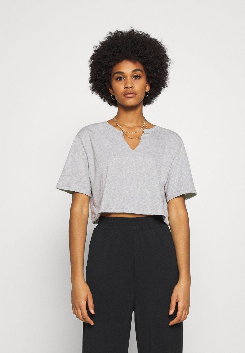 Nly by Nelly - BASIC V CUT TEE - Print T-shirt - grey melange