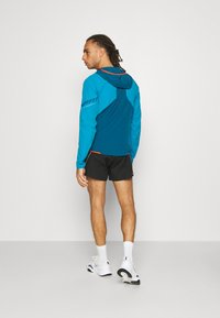 Dynafit - TRAVERSE  - Training jacket - frost - 2