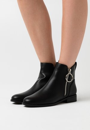 ONLBOBBY ZIP - Ankle boots - black