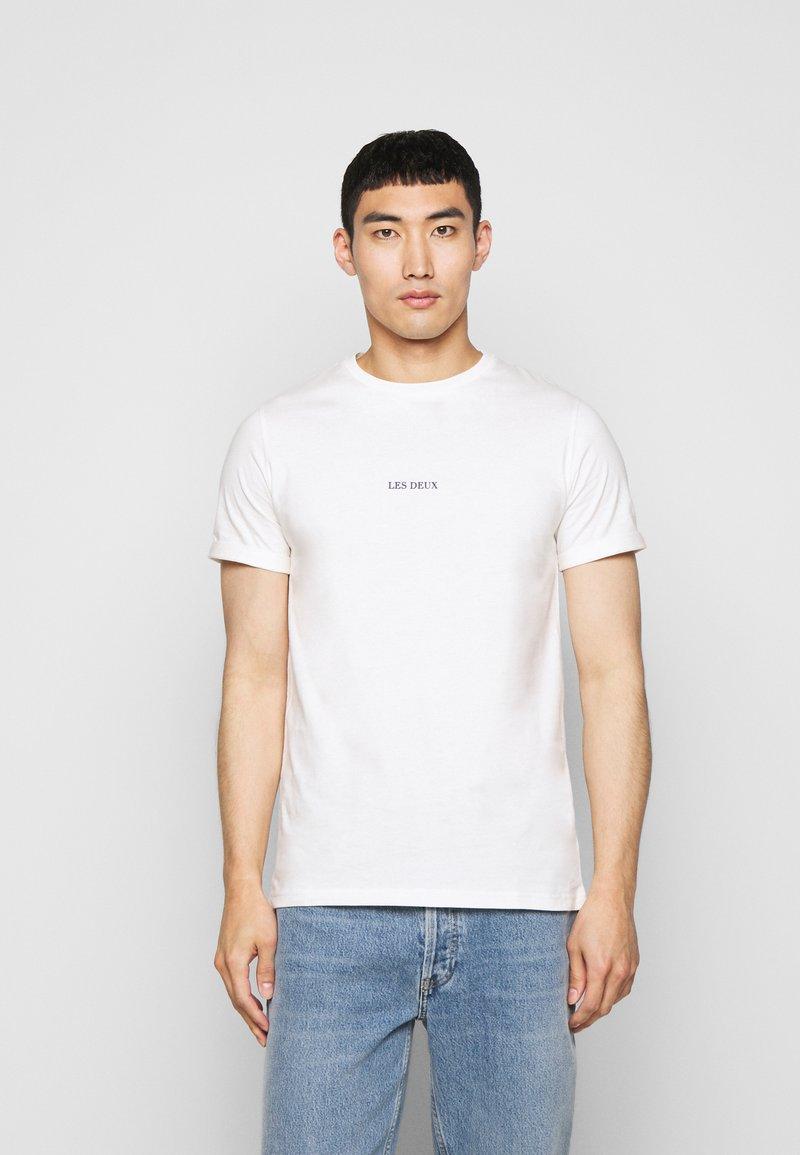 Les Deux - LENS - Basic T-shirt - off white / cobalt blue