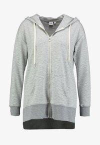 GAP - Sweatjakke /Træningstrøjer - heather grey - 4