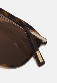Le Specs - LE DANZING - Sluneční brýle - brown - 3