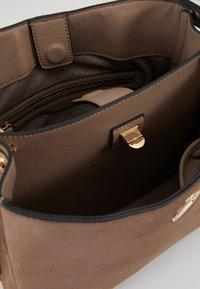 L. CREDI - DALINA - Handbag - taupe - 4