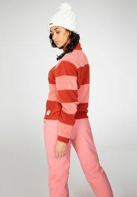 Protest - CASSIE - Fleece jumper - rocky - 2