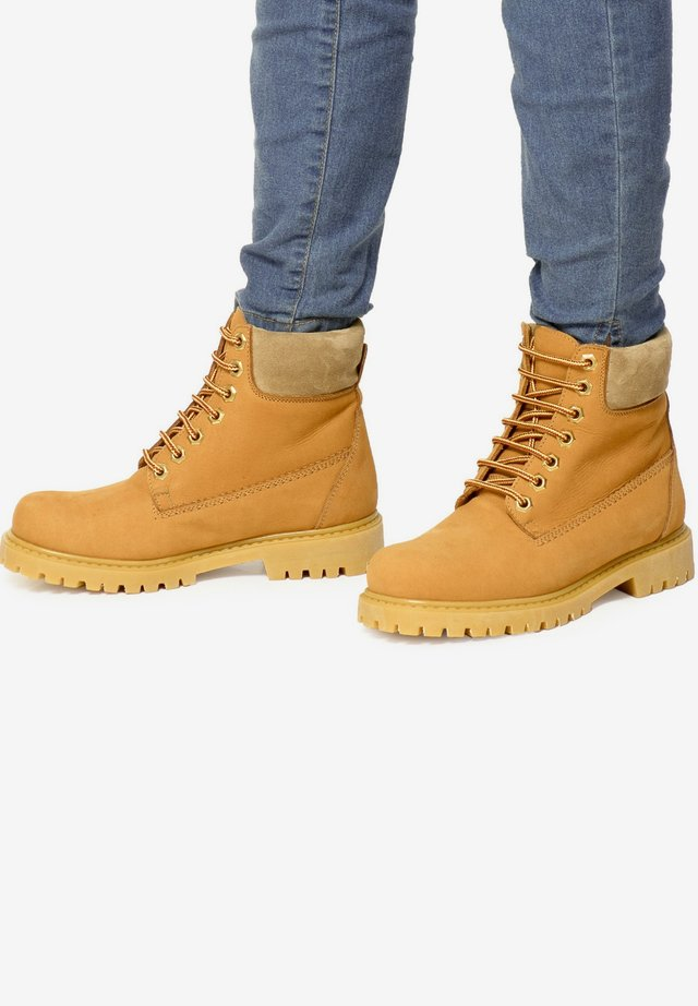 VINTAGE  - Lace-up ankle boots - camel