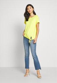 s.Oliver - KURZARM - Basic T-shirt - yellow - 1