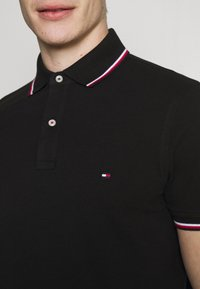 Tommy Hilfiger - TIPPED SLIM FIT - Polo - black - 4