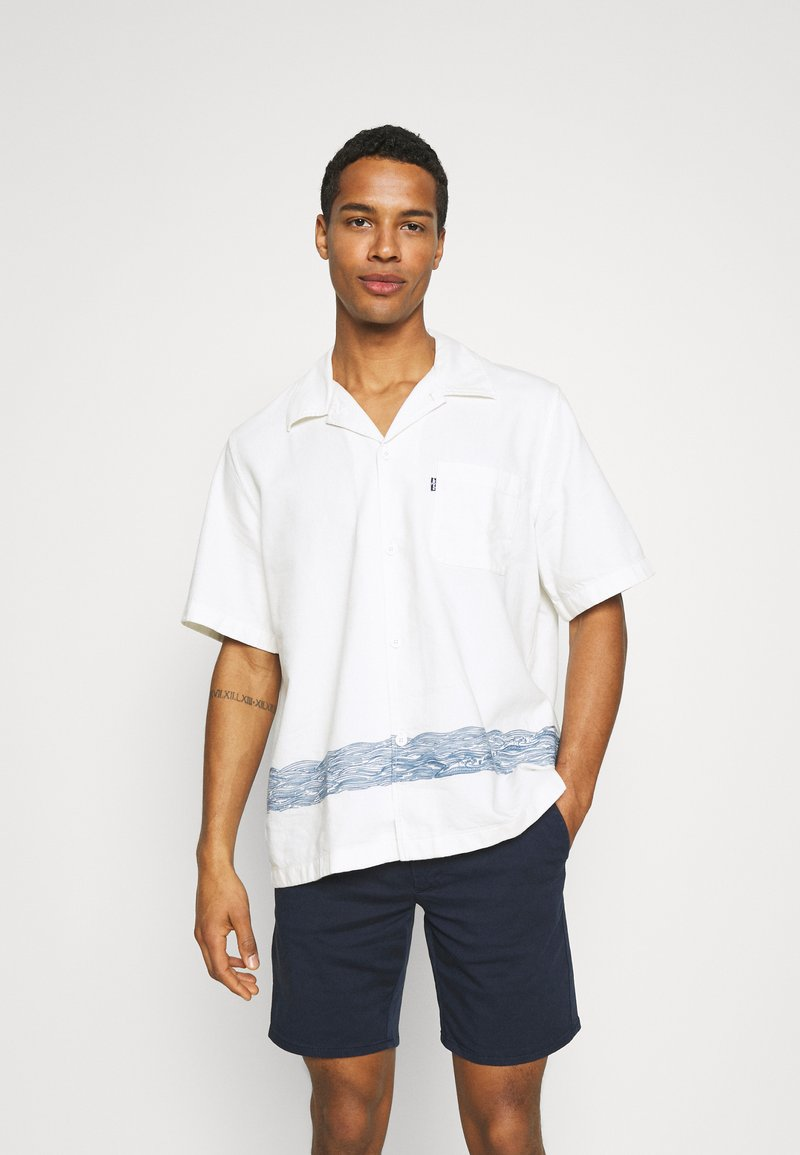 Levi's® Made & Crafted - RELAXED CAMP - Overhemd - white