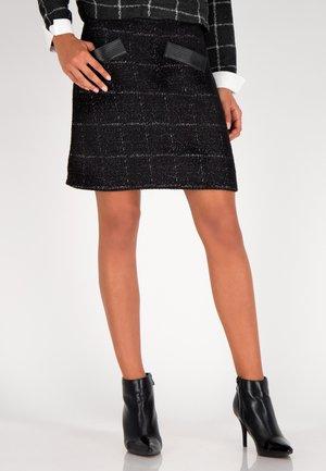 A-line skirt - schwarz-multicolor