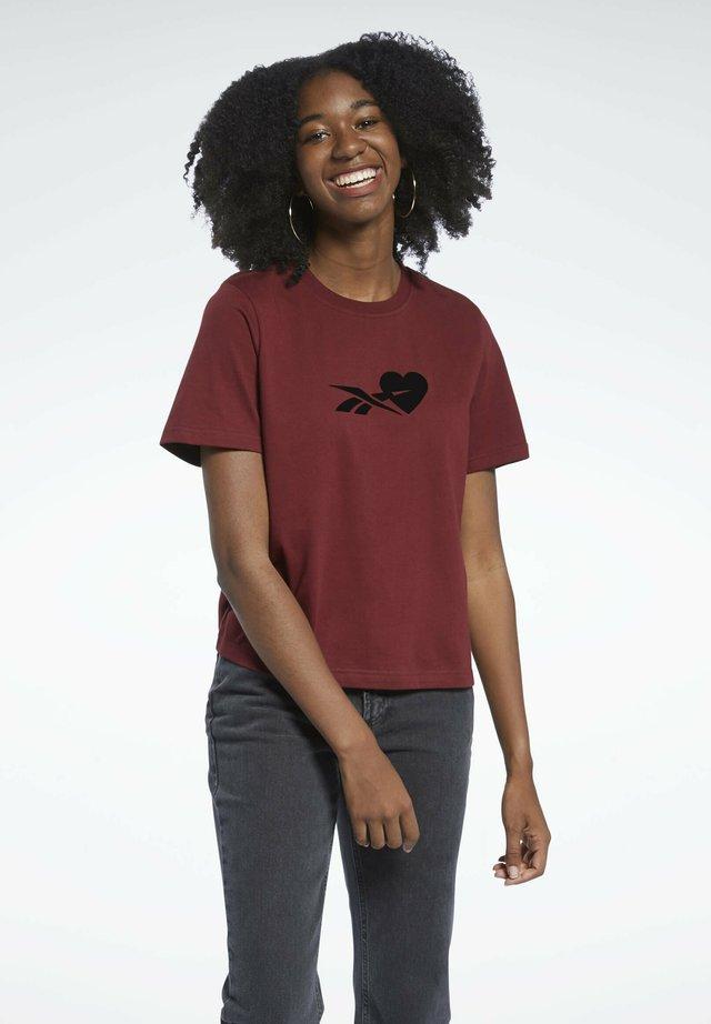CLASSICS T-SHIRT - T-shirt imprimé - brown