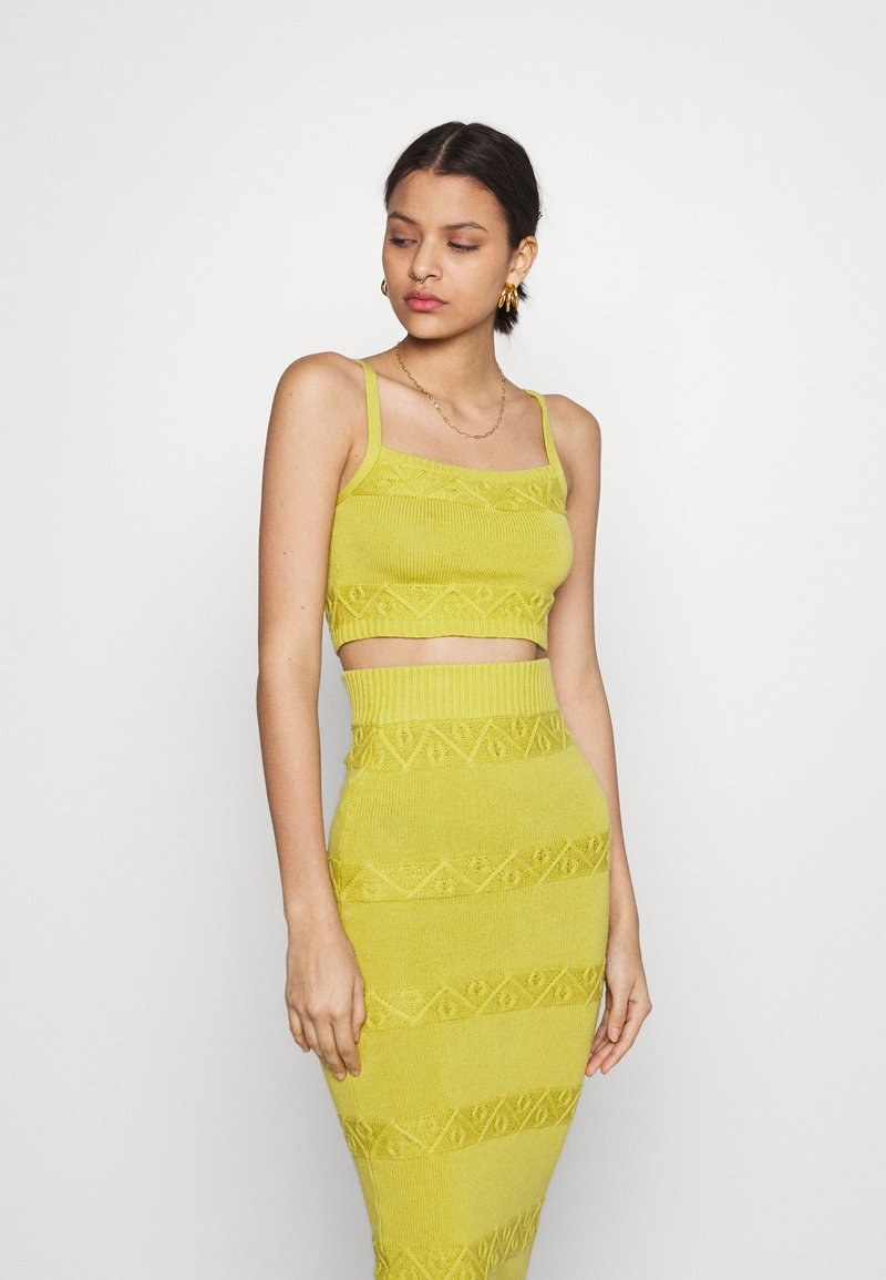 Glamorous - CARE CROPPED CAMI - Topper - olive green