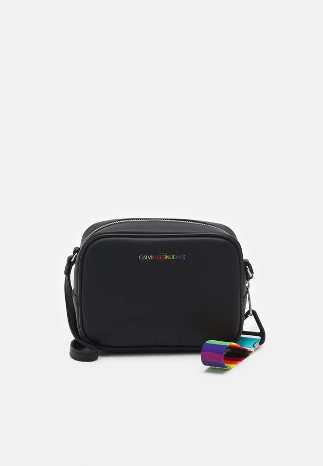 PRIDE SCULPTED CAMERA BAG - Borsa a tracolla - black