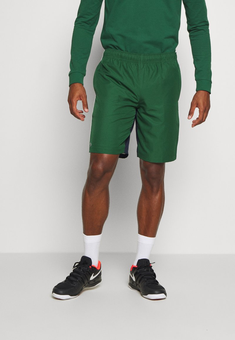 Lacoste Sport - SHORTS - Sports shorts - green