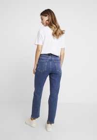 New Look Petite - MOM - Relaxed fit jeans - mid blue - 2