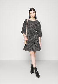 JDY - JDYPIPER 3/4 PUFF DRESS - Kjole - black - 1