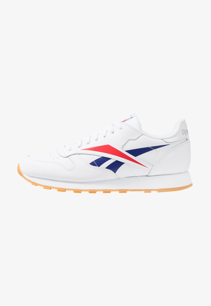Reebok Classic - VECTOR LEATHER SHOES - Trainers - white/scarlet/true grey