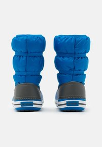 Crocs - CROCBAND WINTER UNISEX - Winter boots - bright cobalt/light grey - 2