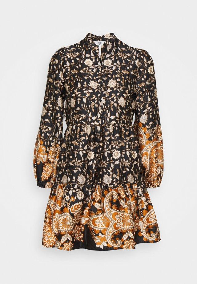 OBJKARIN DEIRDRE DRESS - Kjole - brown