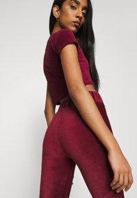 Ellesse - HERIA - Shorts - burgundy - 3