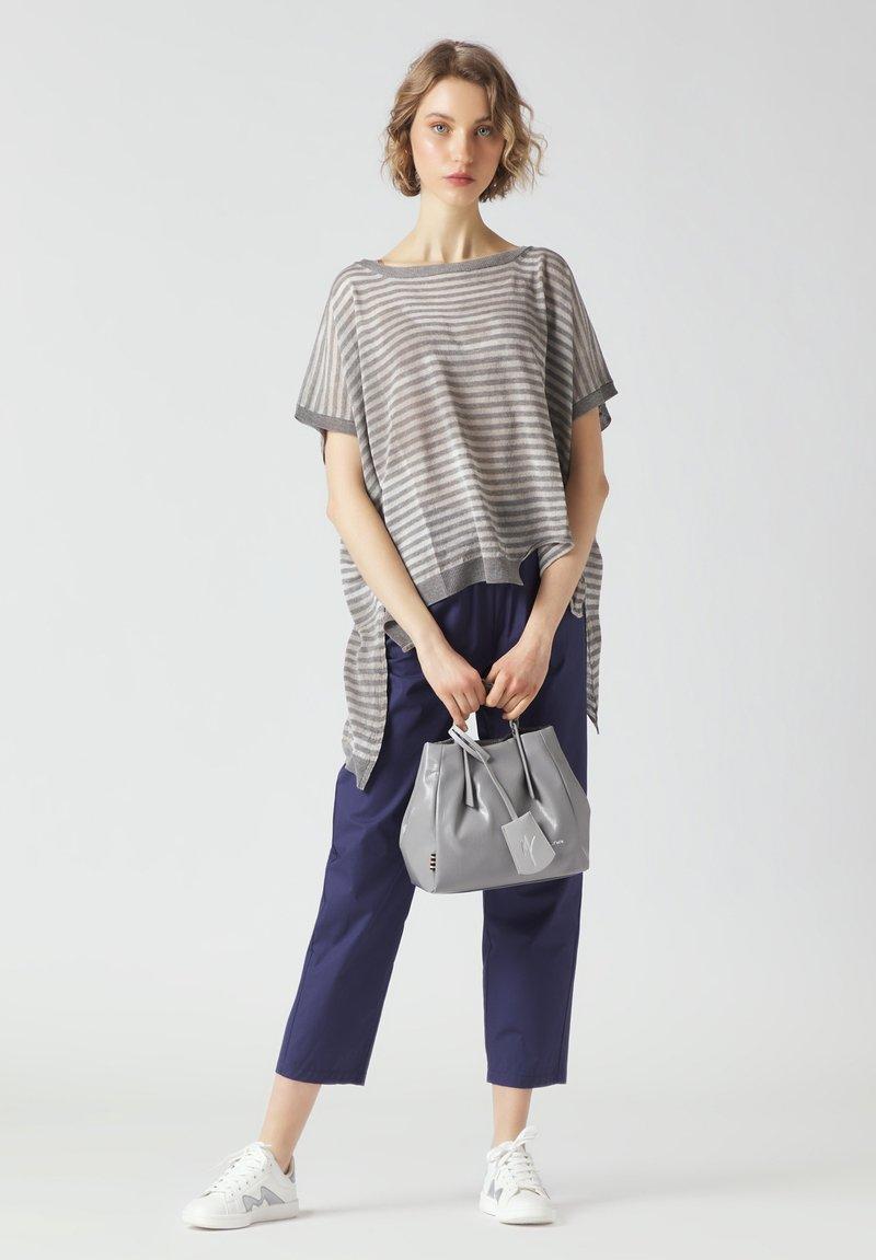Manila Grace - Handbag - grigio