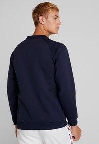 Tommy Sport - LOGO CREW NECK - Sweatshirt - sport navy - 2