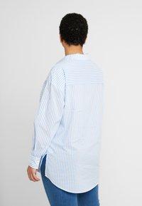 Kaffe Curve - AMINA - Button-down blouse - blue - 2