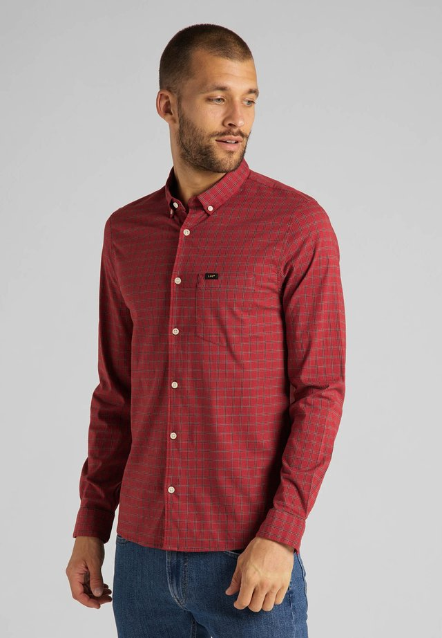 SLIM BUTTON DOWN - Camisa - red ochre