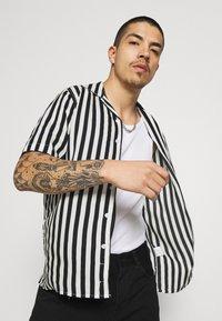 Denim Project - EL CUBA - Shirt - black/white - 3