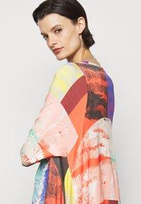 Henrik Vibskov - PULSE DRESS - Vestido informal - blurry lights print - 7
