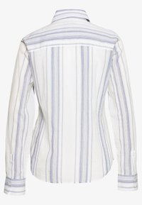 Marc O'Polo - BLOUSE KENT COLLAR LONG SLEEVED SLIM FIT CLASSIC STYLE - Button-down blouse - multi/silent sea - 1