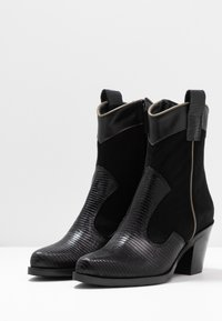 Alberto Zago - Cowboy/biker ankle boot - nero - 4