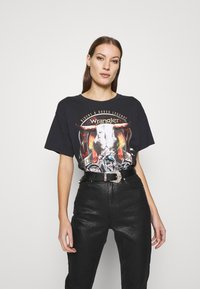 Wrangler - OVERSIZED TEE - Print T-shirt - washed black - 0