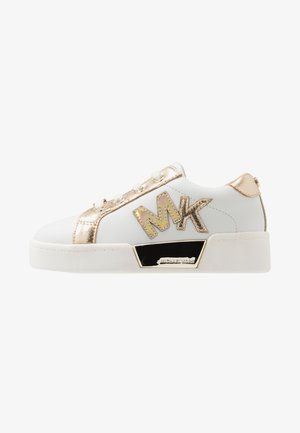 ZIA GUARD GOALS - Loafers - white/gold