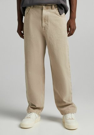 Relaxed fit jeans - brown