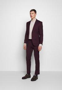 Limehaus - SUIT SLIM FIT - Kostym - bordeaux - 1