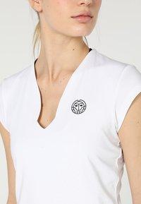 BIDI BADU - BELLA 2.0 TECH NECK TEE - Basic T-shirt - white - 5