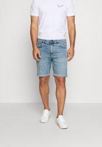 Solid - RYDER BLUE 259  - Denim shorts - blue denim - 0