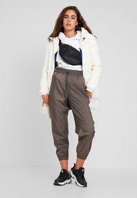 Nike Sportswear - Down coat - pale ivory/blue void - 1