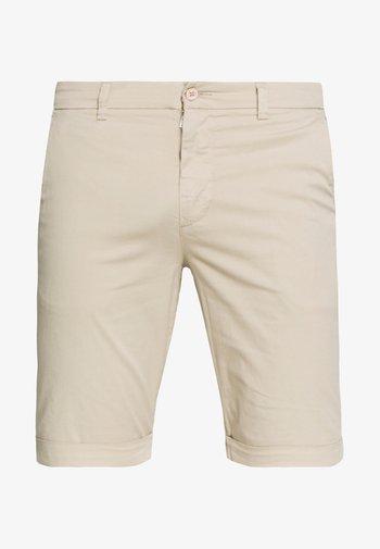 CHUCK REGULAR - Shorts - light feather gray