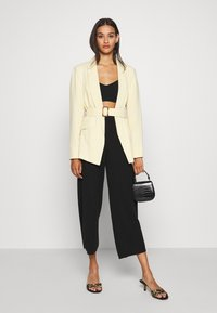 ONLY - ONLLINA CULOTTE PANT - Trousers - black - 1