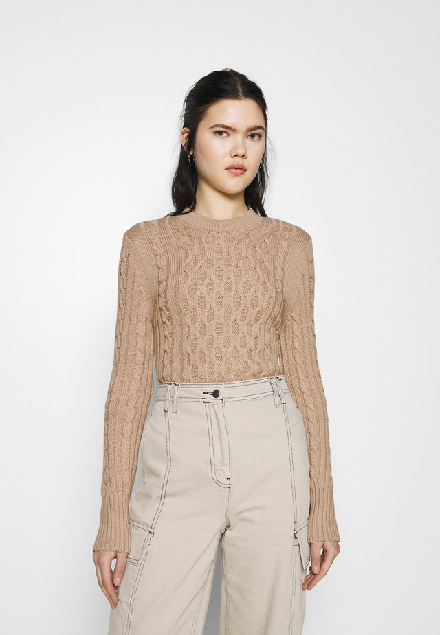 CABLE ROUND NECK SWEATER - Pullover - light beige
