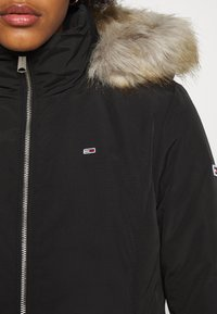 Tommy Jeans - TECHNICAL - Down jacket - black - 7