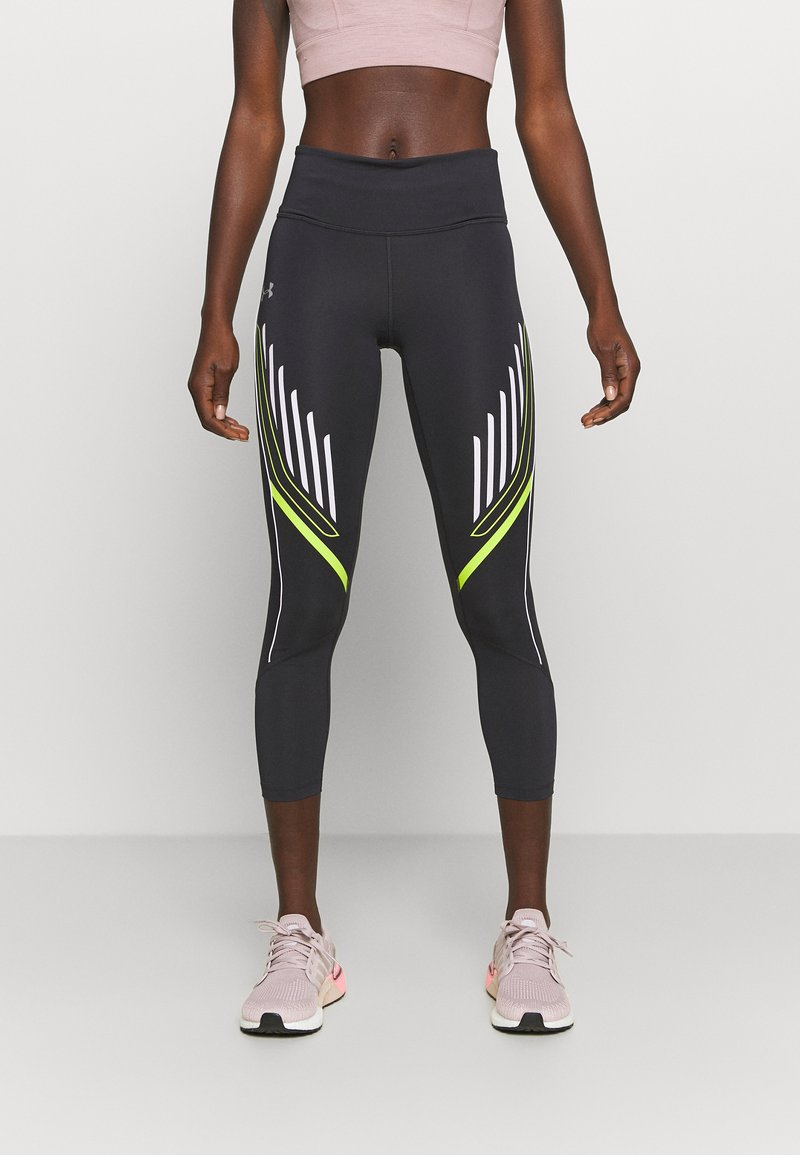 Under Armour - QUALIFIER GRAPHIC CROP - Medias - blackout purple