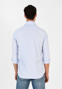 Scalpers - Shirt - light blue stripes - 2